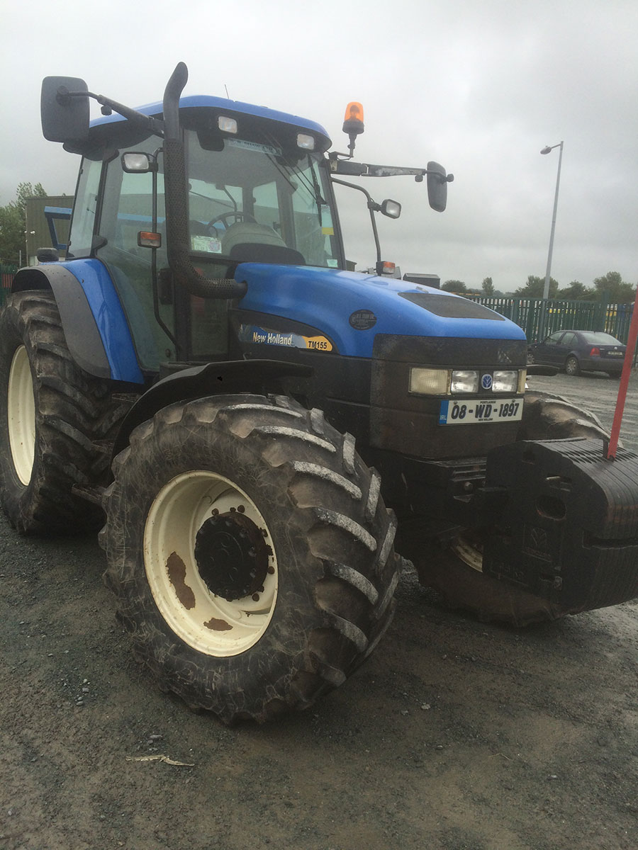 New-Holland-TM-155-RC-New-Tyres-cw-Loader
