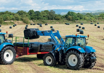 New Holland 700TL