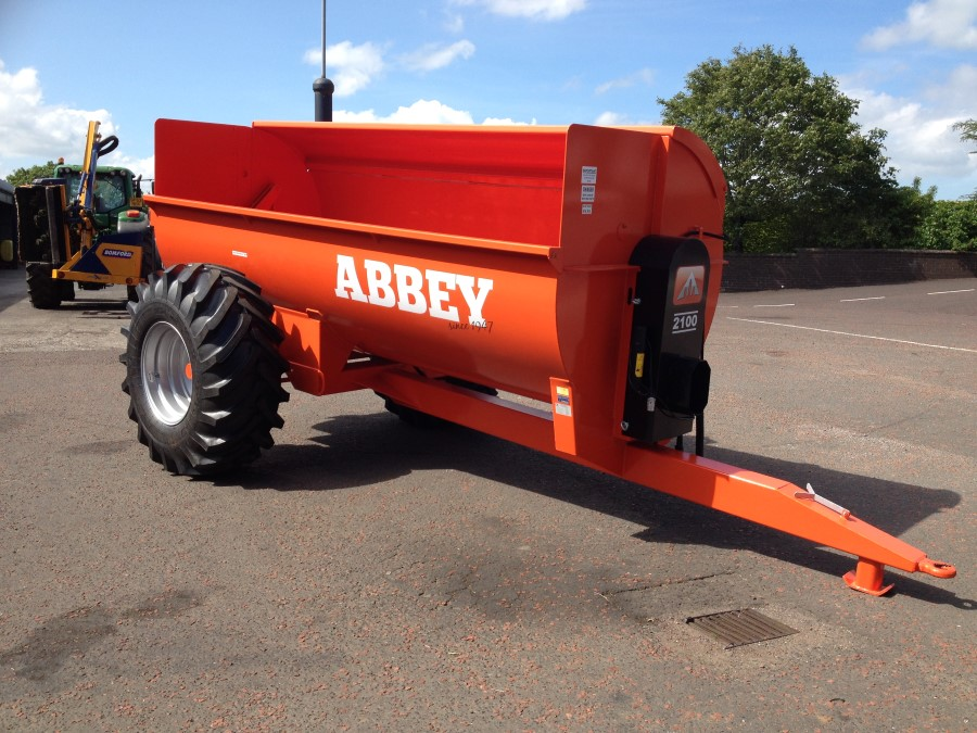 Abbey Side Dung Muck Spreader