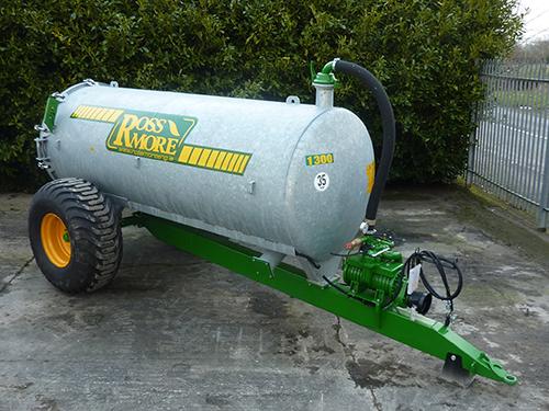 1300GL Vacuum Tanker