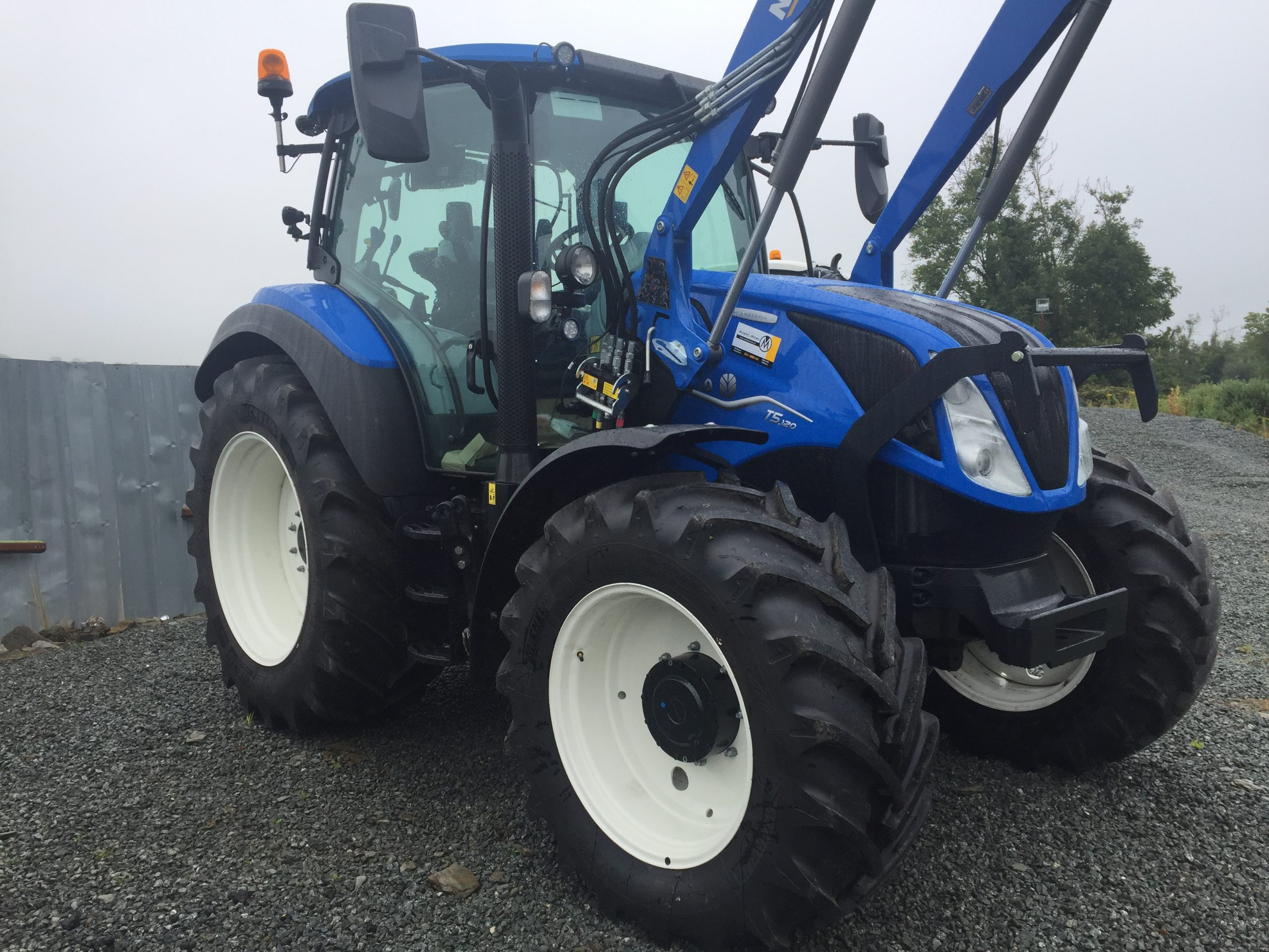 New Holland T5 Tier 4B