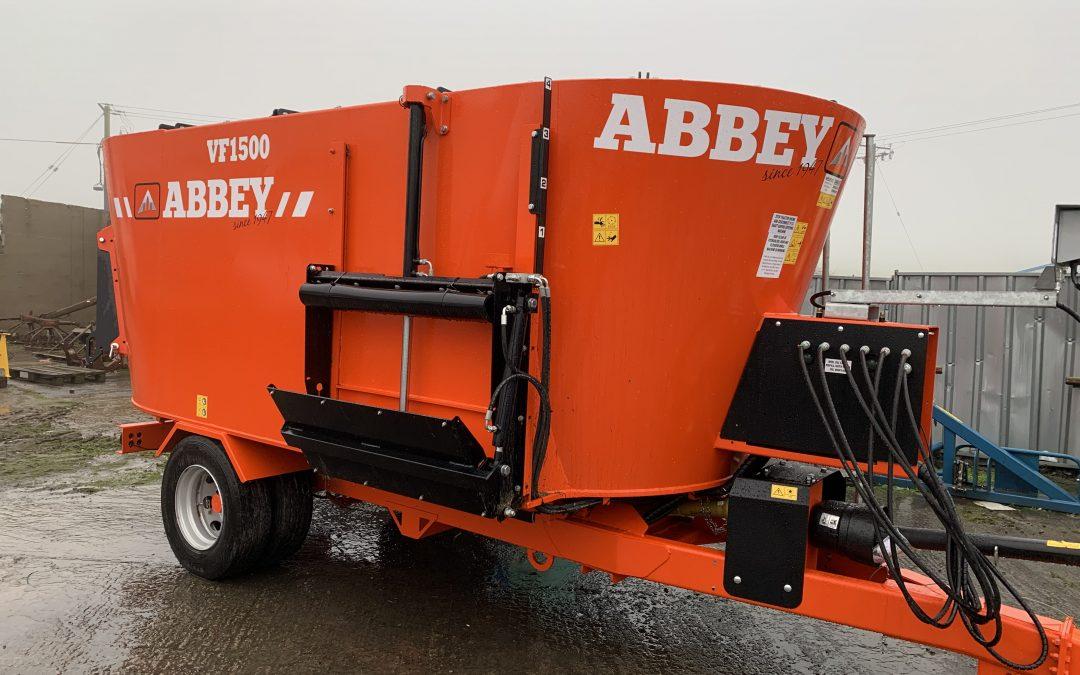 Abbey 1500 Tub Feeder